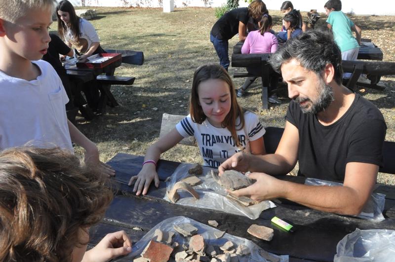 Почела је с радом Археолошка радионица у Гроцкој