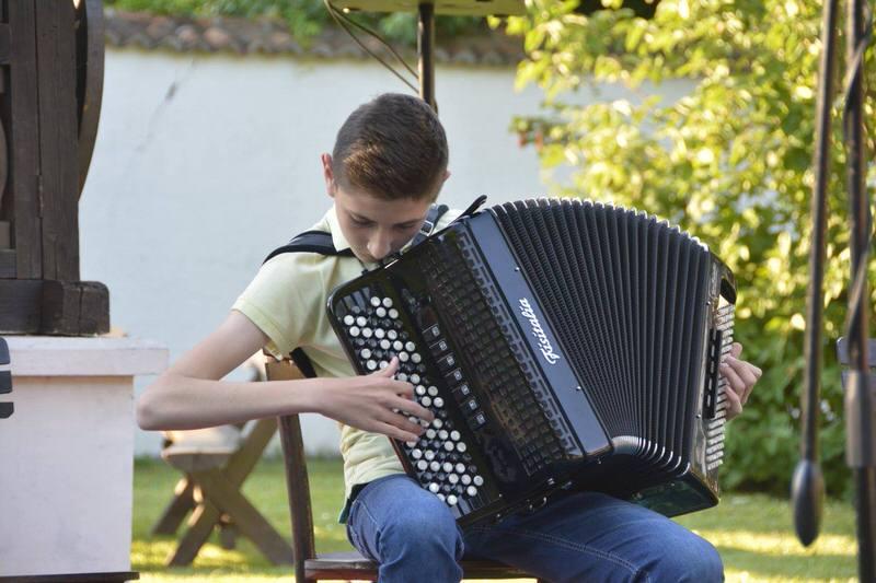 Концертни сусрет младих хармоникаша у Ранчићевој кући