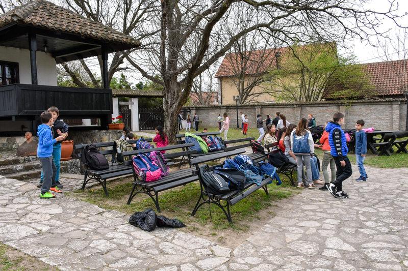 Четвртаци из Гроцке у посети Ранчићевој кући