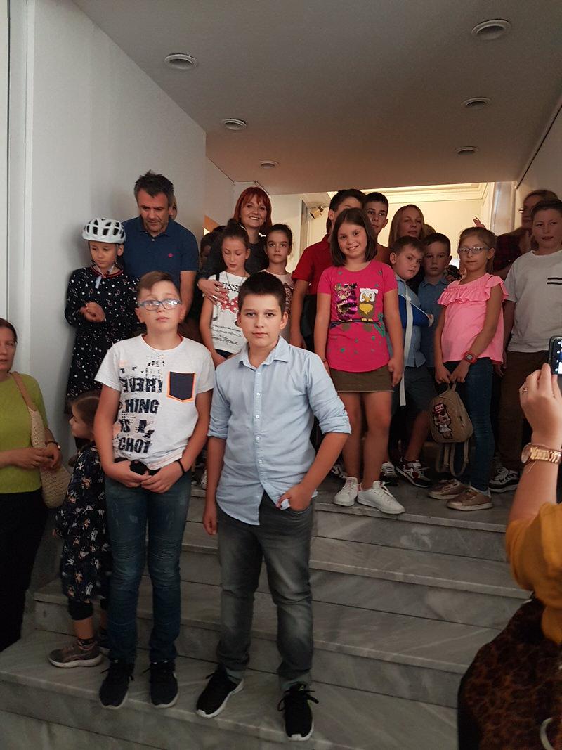 Награде Дечјег октобарског салона за децу из Гроцке и Калуђерице