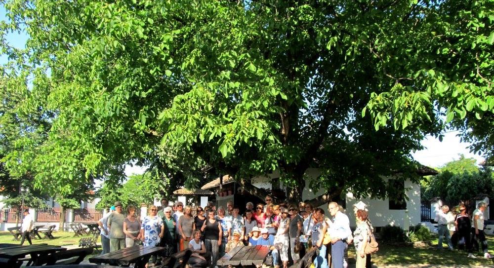 Пензионери из Удружења Чукарице у посети Ранчићевој кући