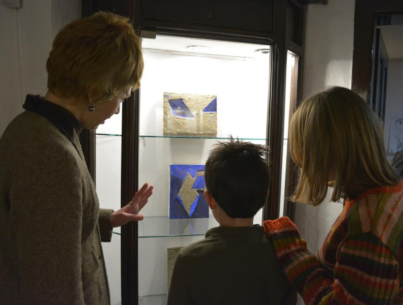 """Поставка """"Оностраност идентитета тела у слици"""" у Ранчићевој кући"""