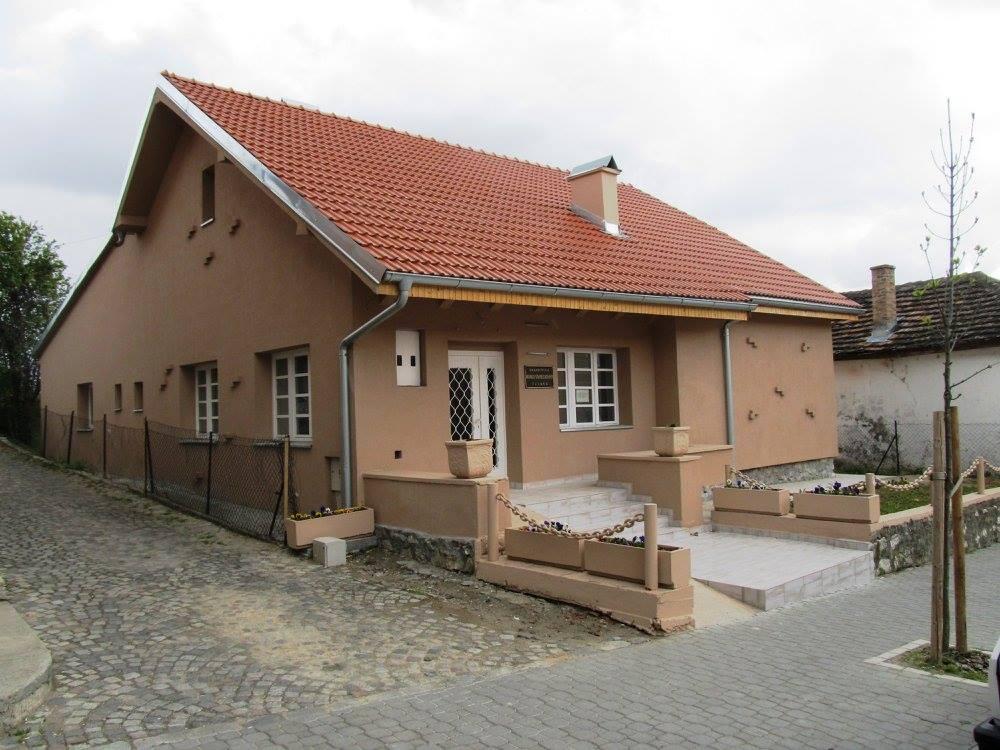 Археолози Народног музеја у посети Гроцкој и легату др А. Костића