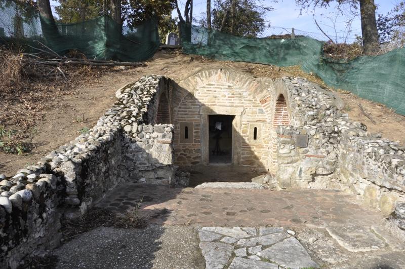 Касно-римска гробница у Брестовику променила je власника